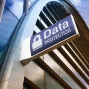 Freigabe von persönlichen Daten von Mitarbeitern an die Polizei in Spanien